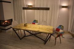 Stół i lampa z litego drenwa