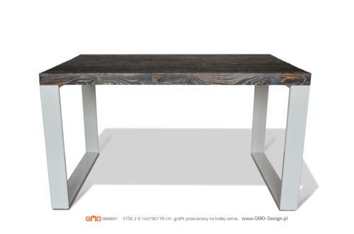 Stół z odzysku. Piękny, minimalistyczny.